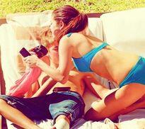 Hình ảnh cho thấy Justin Bieber nghiện làm 'chuyện ấy' chốn công cộng