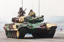 Ấn Độ điều gần 100 xe tăng tới biên giới giáp Trung Quốc