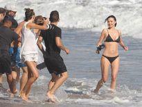 Miranda Kerr chụp ảnh quảng cáo sexy với bikini