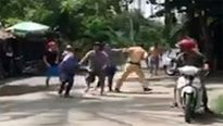 Trên đường tuần tra Thượng úy CSGT bị đánh hội đồng