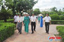 Đảng ủy Khối CCQ các tỉnh miền Trung - Tây Nguyên dâng hương tại các địa chỉ đỏ