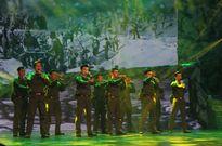'Tổ quốc mãi mãi ghi công' các anh hùng liệt sỹ, thương binh