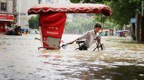 Người dân Trung Quốc khốn khổ vì mưa lũ ở miền Bắc và Trung nước này