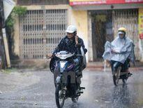 Các tỉnh phía Nam có mưa dông về chiều tối, nguy cơ tố lốc