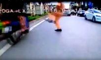 Diễn biến mới nhất vụ CSGT 'giơ chân' cản người vi phạm