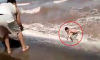 Vật lộn cứu 3 thanh niên suýt chết đuối vì tắm biển