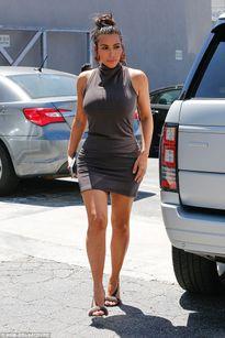 Nghẹt thở với đường cong quá nóng bỏng của Kim Kardashian