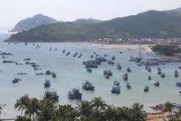Ninh Thuận: Sập nhà hàng hải sản hàng trăm thực khách rơi xuống biển