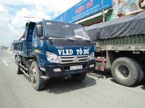 Xe tải vô tư 'phi' ngược chiều trên QL1 ở Vĩnh Long