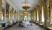 Tham quan cung điện Hoàng gia Hà Lan