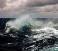 Áp thấp nhiệt đới hình thành, gió giật cấp 8 trên biển Đông