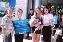 Thí sinh HH Bản sắc Toàn cầu tỏa sắc ở sân bay Quy Nhơn