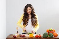 Ba tháng giữa thai kỳ ăn uống thế nào là hợp lý?