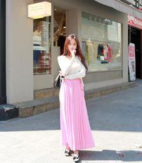 Mẫu váy maxi cho người thấp lùn tự tin dạo phố và đi biển
