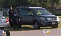 Bé 3 tuổi tử vong vì bị bố mẹ bỏ quên trong xe hơi