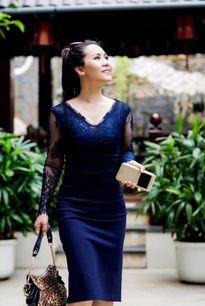 Nữ hoàng Kim Chi gợi ý cách mix đồ công sở 2 trong 1