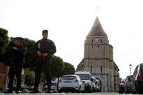 IS tung video hai kẻ tấn công con tin tại nhà thờ Pháp