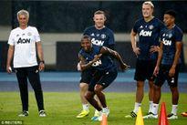 """Thanh lọc MU: Mourinho """"trảm""""... 9 cầu thủ"""
