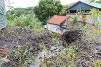 Quảng Ninh: Hoàn nguyên môi trường, đất đá còn lơ lửng trên đầu người dân?