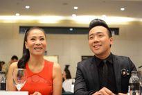Thu Minh cười rạng rỡ tại Hà Nội sau tin đồn vợ chồng cô trốn nợ
