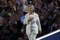 Bà Hillary Clinton ủng hộ NATO, quyết đánh bại IS