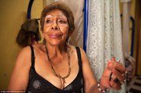 Chùm ảnh đáng suy ngẫm về cuộc sống của gái mại dâm hết thời ở Mexico
