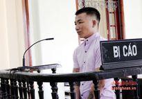 Nam thanh niên cướp điện thoại của khách du lịch nước ngoài lĩnh án tù