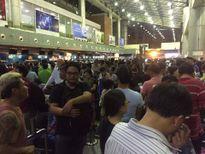 Cư dân mạng xao xuyến với hình ảnh tại sân bay trong sự cố tin tặc