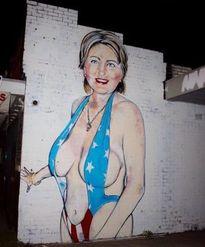 Tranh cãi quanh bức tranh bà Clinton mặc bikini