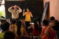 """Lớp học ông Tây ở """"làng thảm sát"""" Quảng Ngãi"""