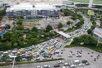 Lại kẹt cứng cửa ngõ sân bay Tân Sơn Nhất