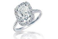 Bất ngờ tìm thấy nhẫn kim cương trong ghế cũ
