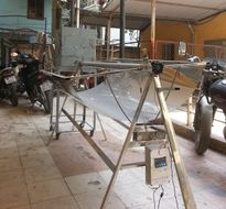 Sinh viên Bách khoa chế tạo máy sấy nông sản sử dụng năng lượng mặt trời