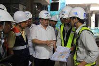 Phó Thủ tướng Trịnh Đình Dũng thị sát quá tải tại sân bay Tân Sơn Nhất