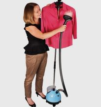Những ưu điểm của bàn ủi hơi nước đứng