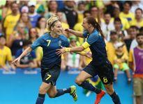 Hạ chủ nhà Brazil, Thụy Điển gặp Đức ở chung kết