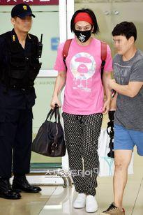 Netizen Hàn đang 'giận cá chém thớt' lên tất cả thần tượng nhà SM vì scandal của Tiffany?