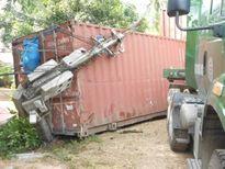 Bình Định: Ngủ gật, tài xế văng xuống đường tử nạn