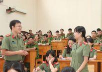 Thầy giáo An ninh 3 lần được thăng cấp bậc hàm trước niên hạn