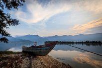 'Đã mắt' với cảnh sắc mây lồng bóng nước tuyệt đẹp ở đầm Lập An