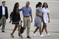 Con gái lớn ông Obama bị cha lạnh nhạt do hút cần sa, tiệc tùng quá đà