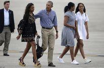 Ông Obama lạnh lùng với con gái lớn sau vụ hút cần sa, nhảy sexy