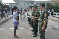 Cô gái trẻ bị bạn trai lừa bán sang Trung Quốc