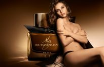 'Nàng Lọ Lem' Lily James nude táo báo trong clip quảng cáo