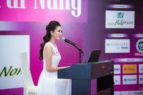Hoa hậu Đặng Thu Thảo bật khóc trước phần thi tài năng của thí sinh HHVN