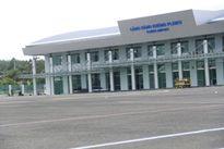 Khách bị kẹp cổ hay bị đánh ở sân bay Pleiku?