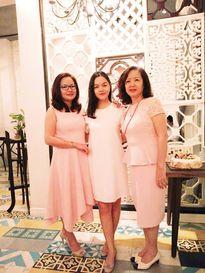 Phạm Quỳnh Anh hạnh phúc đón sinh nhật bên gia đình và 'hội bạn thân'