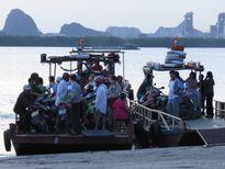 Quảng Ninh: Đò ngang trái phép bến Phà Rừng ngang nhiên hoành hành