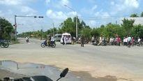 Xe cấp cứu tông xe máy, một thanh niên trọng thương