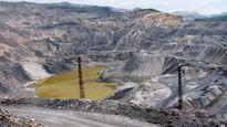 Công nhân chết đuối dưới moong khai thác than